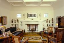 English Arts & Crafts living room